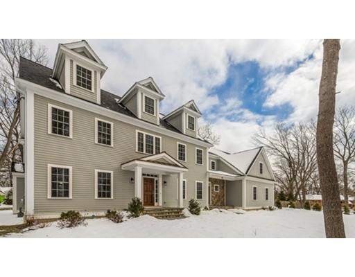 独户住宅 为 销售 在 308 Upland Avenue 308 Upland Avenue 牛顿, 马萨诸塞州 02461 美国