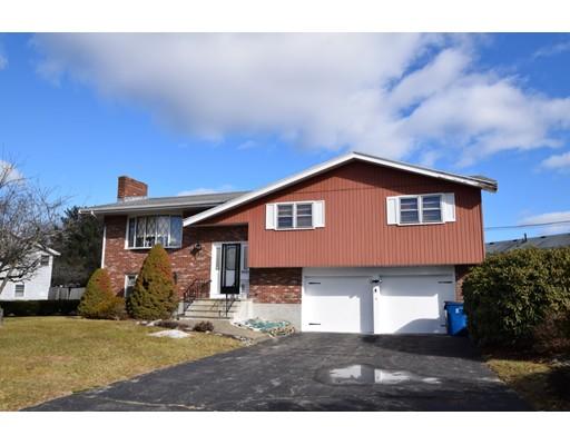 独户住宅 为 销售 在 1 Eisenhower Drive 1 Eisenhower Drive 伦道夫, 马萨诸塞州 02368 美国
