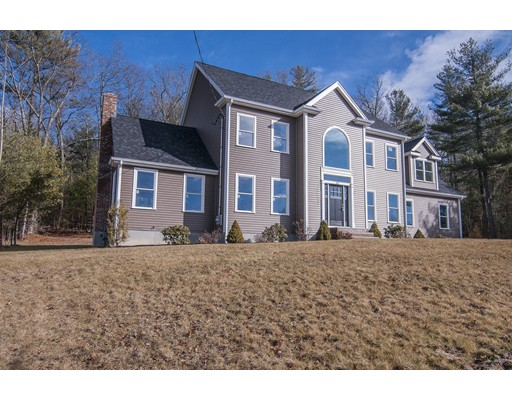 Частный односемейный дом для того Продажа на 57 Highridge Road 57 Highridge Road Bellingham, Массачусетс 02019 Соединенные Штаты