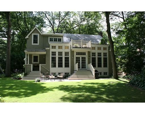 Additional photo for property listing at 10 Columbine Road  Milton, Massachusetts 02186 Estados Unidos