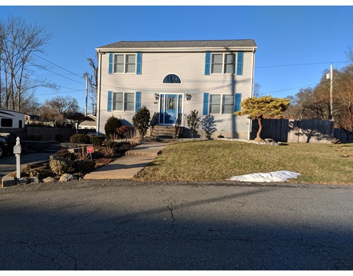Single Family Home for Sale at 94 Sarah Lynn Court 94 Sarah Lynn Court Fall River, Massachusetts 02720 United States