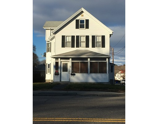 Casa Unifamiliar por un Alquiler en 126 Broadway 126 Broadway Taunton, Massachusetts 02780 Estados Unidos