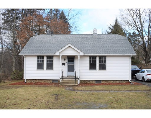 Single Family Home for Sale at 43 Ward Street 43 Ward Street North Brookfield, Massachusetts 01535 United States
