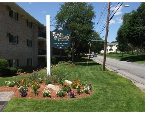 独户住宅 为 出租 在 200 Manning Street 200 Manning Street Hudson, 马萨诸塞州 01749 美国