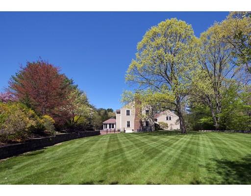 Частный односемейный дом для того Продажа на 41 William Fairfield Drive 41 William Fairfield Drive Wenham, Массачусетс 01984 Соединенные Штаты