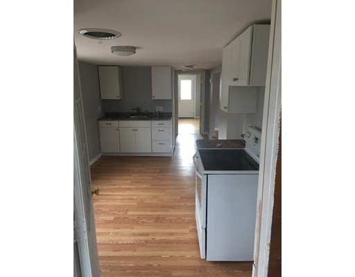 Single Family Home for Rent at 24 Washburn Street 24 Washburn Street Weymouth, Massachusetts 02189 United States
