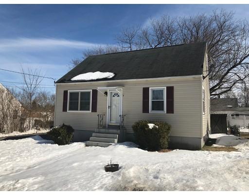 Maison unifamiliale pour l Vente à 51 Plummer Street 51 Plummer Street Goffstown, New Hampshire 03045 États-Unis