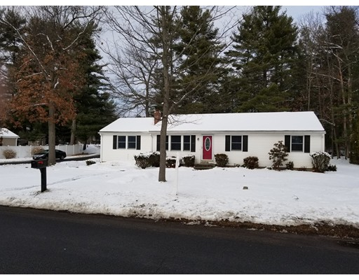 Single Family Home for Sale at 79 Streetrong Street 79 Streetrong Street Easthampton, Massachusetts 01027 United States