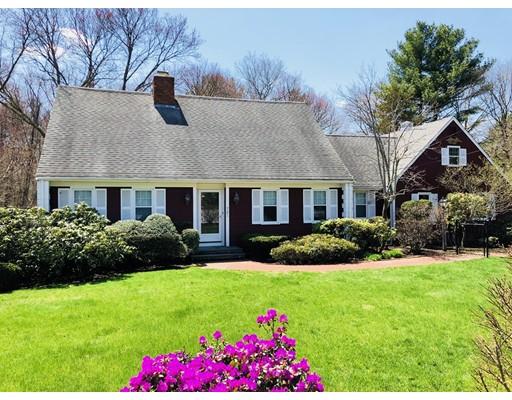 独户住宅 为 销售 在 721 East Street 721 East Street Mansfield, 马萨诸塞州 02048 美国