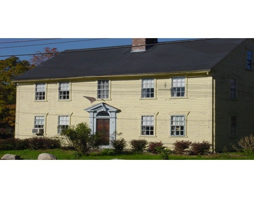 Single Family Home for Sale at 462 Hartford Avenue 462 Hartford Avenue Bellingham, Massachusetts 02019 United States