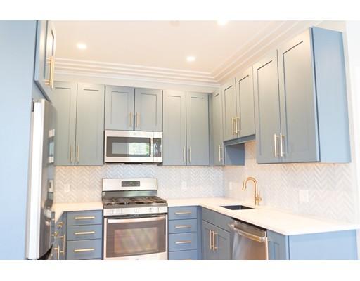 Casa Unifamiliar por un Alquiler en 1467 Tremont Street Boston, Massachusetts 02120 Estados Unidos