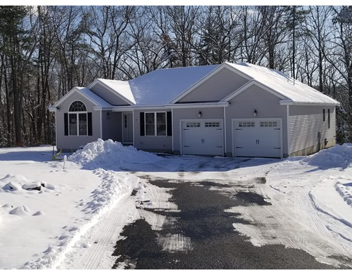 Single Family Home for Sale at 44 Appleblossom 44 Appleblossom Ayer, Massachusetts 01432 United States
