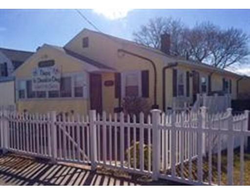 واحد منزل الأسرة للـ Rent في 599 Nantasket Ave Jun-Aug 599 Nantasket Ave Jun-Aug Hull, Massachusetts 02045 United States