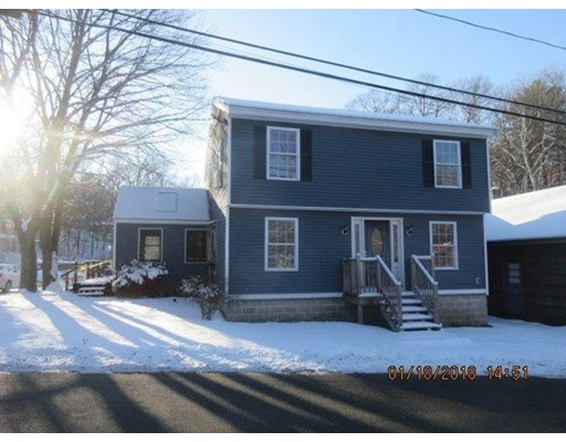 Single Family Home for Sale at 54 Lakeshore Drive 54 Lakeshore Drive Georgetown, Massachusetts 01833 United States