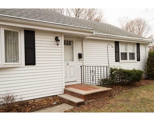 独户住宅 为 销售 在 48 Cottage Street 48 Cottage Street 斯托纳姆, 马萨诸塞州 02180 美国
