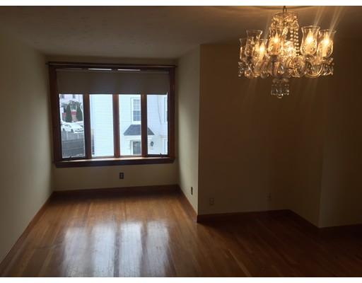 Appartement pour l à louer à 12 Bartlett Street #2 12 Bartlett Street #2 Beverly, Massachusetts 01915 États-Unis