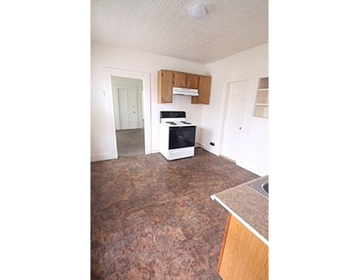 Additional photo for property listing at 143 Marion Street  Springfield, Massachusetts 01109 United States