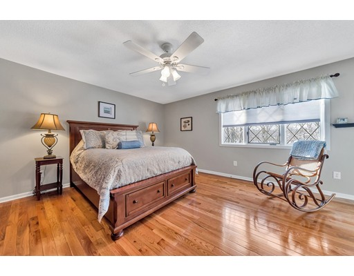 Condominium for Rent at 43 West Summit St. #7 43 West Summit St. #7 South Hadley, Massachusetts 01075 United States