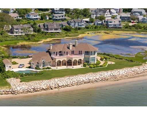 واحد منزل الأسرة للـ Sale في 15 Flakeyard Lane 15 Flakeyard Lane Yarmouth, Massachusetts 02673 United States