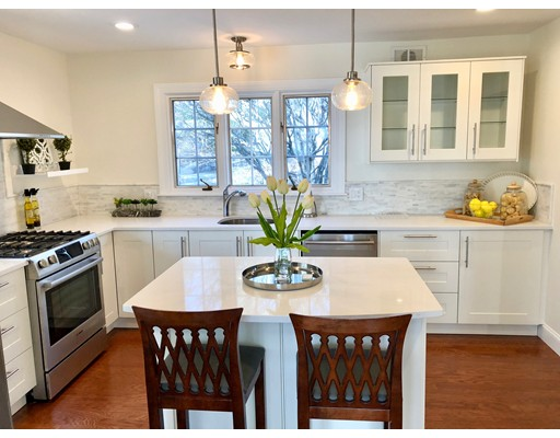 Single Family Home for Sale at 110 Albion Road 110 Albion Road Wellesley, Massachusetts 02481 United States