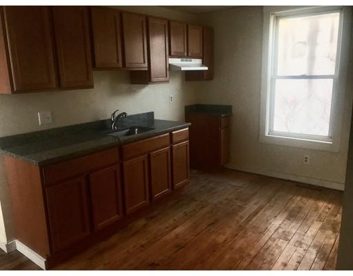 独户住宅 为 出租 在 178 Main Street Springfield, 01151 美国