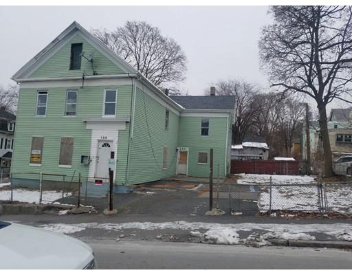 Maison avec plusieurs logements pour l Vente à 120 Austin Street 120 Austin Street Worcester, Massachusetts 01609 États-Unis
