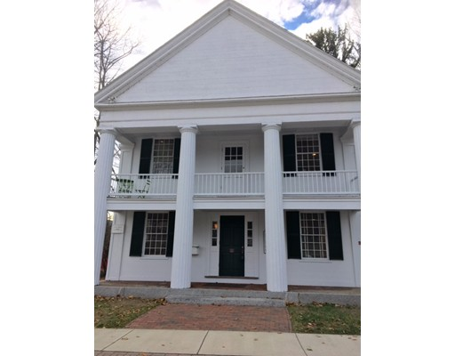 شقة بعمارة للـ Rent في 21 Cochituate Road #1A 21 Cochituate Road #1A Wayland, Massachusetts 01778 United States