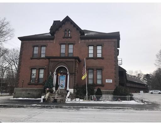 Casa Unifamiliar por un Alquiler en 19 Spring Street 19 Spring Street Taunton, Massachusetts 02780 Estados Unidos