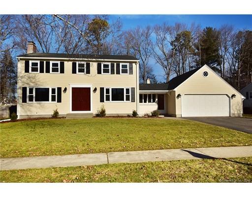 Частный односемейный дом для того Продажа на 16 Rockland Drive 16 Rockland Drive Enfield, Коннектикут 06082 Соединенные Штаты