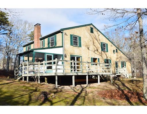 واحد منزل الأسرة للـ Sale في 270 Cranview Road 270 Cranview Road Brewster, Massachusetts 02631 United States