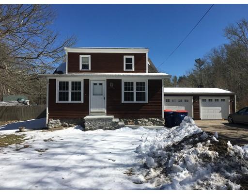 Casa Unifamiliar por un Alquiler en 46 Mattapoisett Road 46 Mattapoisett Road Rochester, Massachusetts 02770 Estados Unidos