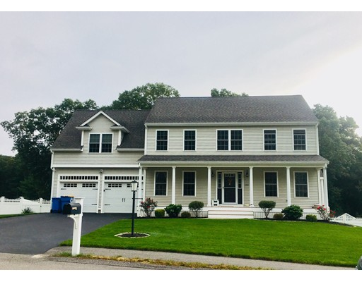 Single Family Home for Sale at 51 Murray Circle 51 Murray Circle Stoughton, Massachusetts 02072 United States