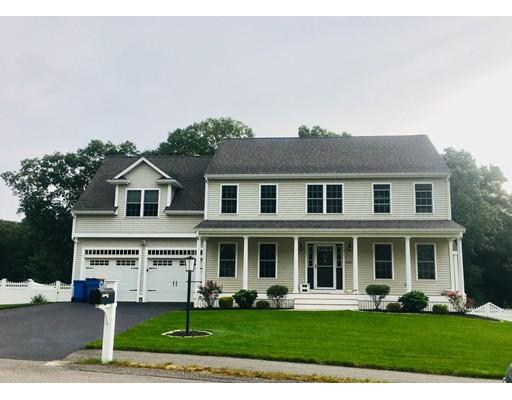 Частный односемейный дом для того Продажа на 51 Murray Circle 51 Murray Circle Stoughton, Массачусетс 02072 Соединенные Штаты