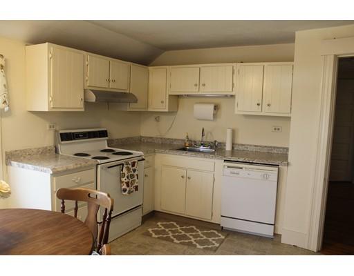 Apartamento por un Alquiler en 215 Worcester Rd #A 215 Worcester Rd #A Sterling, Massachusetts 01564 Estados Unidos