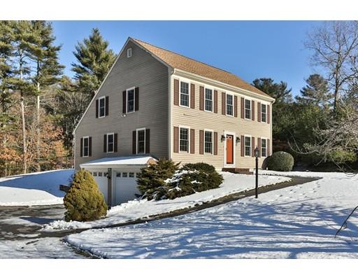 واحد منزل الأسرة للـ Sale في 43 Deer Hill Lane 43 Deer Hill Lane Carver, Massachusetts 02330 United States