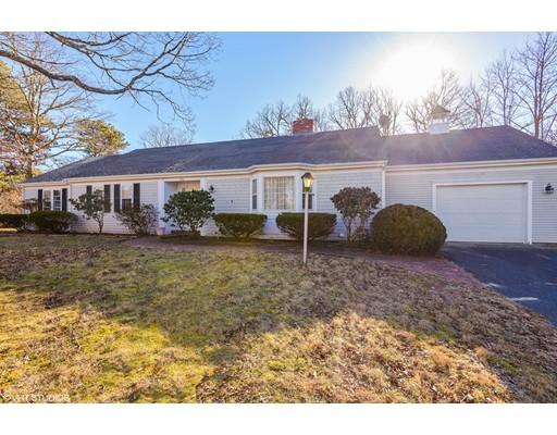 Casa Unifamiliar por un Venta en 223 Great Western Road 223 Great Western Road Yarmouth, Massachusetts 02664 Estados Unidos
