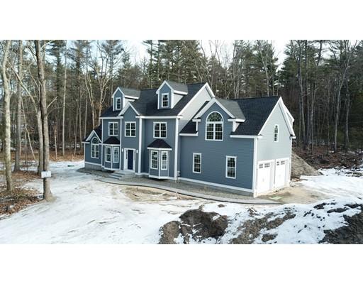 Maison unifamiliale pour l Vente à 432 Pond Street 432 Pond Street Dunstable, Massachusetts 01827 États-Unis