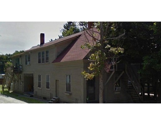 多户住宅 为 销售 在 204 Main Street 204 Main Street 克莱尔蒙特, 新罕布什尔州 03743 美国