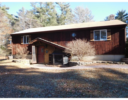 Single Family Home for Sale at 52 West Street 52 West Street Carver, Massachusetts 02330 United States