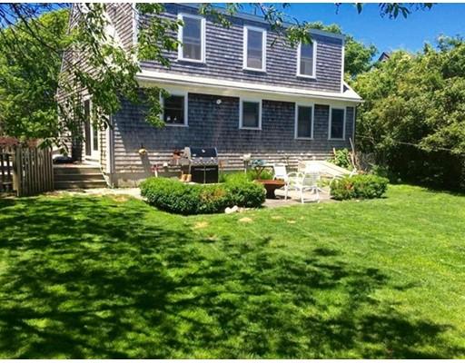 独户住宅 为 销售 在 20 Cato Lane 20 Cato Lane 楠塔基特岛, 马萨诸塞州 02554 美国