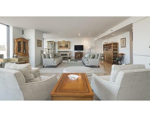 Condominio por un Alquiler en 220 Boylston St #1111 220 Boylston St #1111 Boston, Massachusetts 02116 Estados Unidos