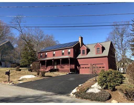 Частный односемейный дом для того Продажа на 1 Overlook Circle 1 Overlook Circle Milford, Массачусетс 01757 Соединенные Штаты