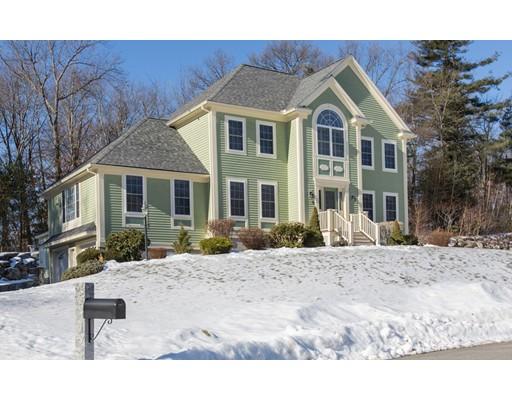 واحد منزل الأسرة للـ Sale في 9 Cedar Creek Drive 9 Cedar Creek Drive Dracut, Massachusetts 01826 United States