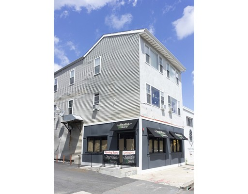 公寓 为 出租 在 3381 Washington St #2 3381 Washington St #2 波士顿, 马萨诸塞州 02130 美国
