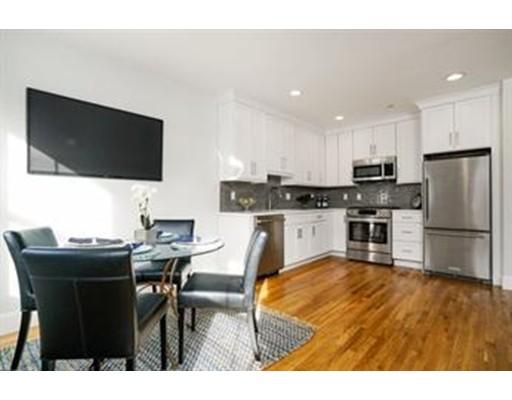 独户住宅 为 出租 在 47 Dorchester Street 波士顿, 马萨诸塞州 02127 美国