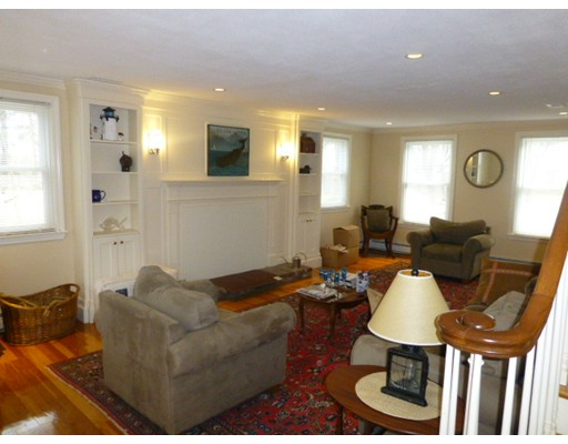 独户住宅 为 出租 在 26 Burnham Road 26 Burnham Road 温翰姆, 马萨诸塞州 01984 美国