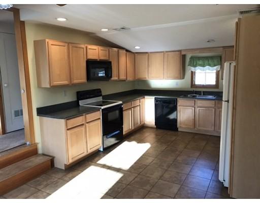 Apartment for Rent at 847 Washington St #2 847 Washington St #2 Canton, Massachusetts 02021 United States