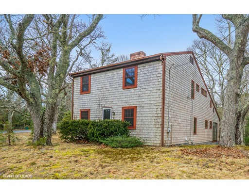 Additional photo for property listing at 80 Nickerson Road  Barnstable, Massachusetts 02635 Estados Unidos