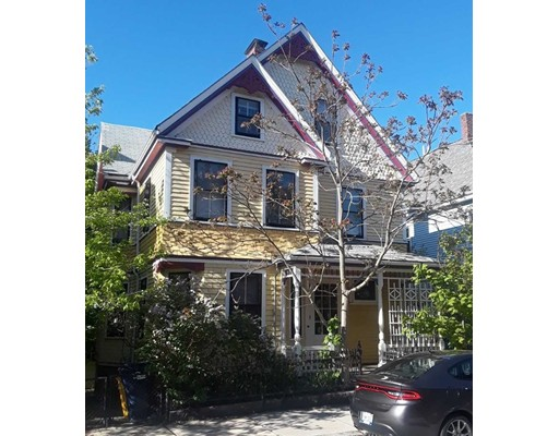 独户住宅 为 出租 在 25 Sunnyside Street 波士顿, 马萨诸塞州 02130 美国