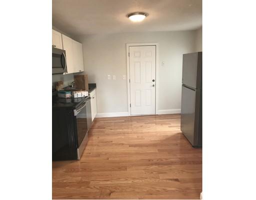 公寓 为 出租 在 46 South #5 46 South #5 Somerville, 马萨诸塞州 02143 美国